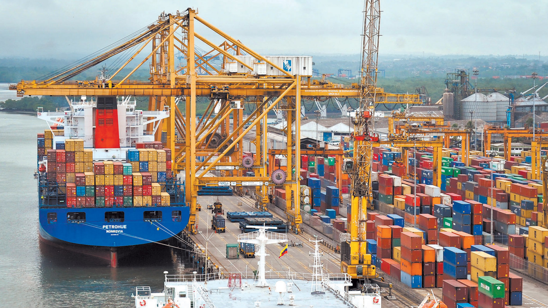 The role of ports in the global economy
