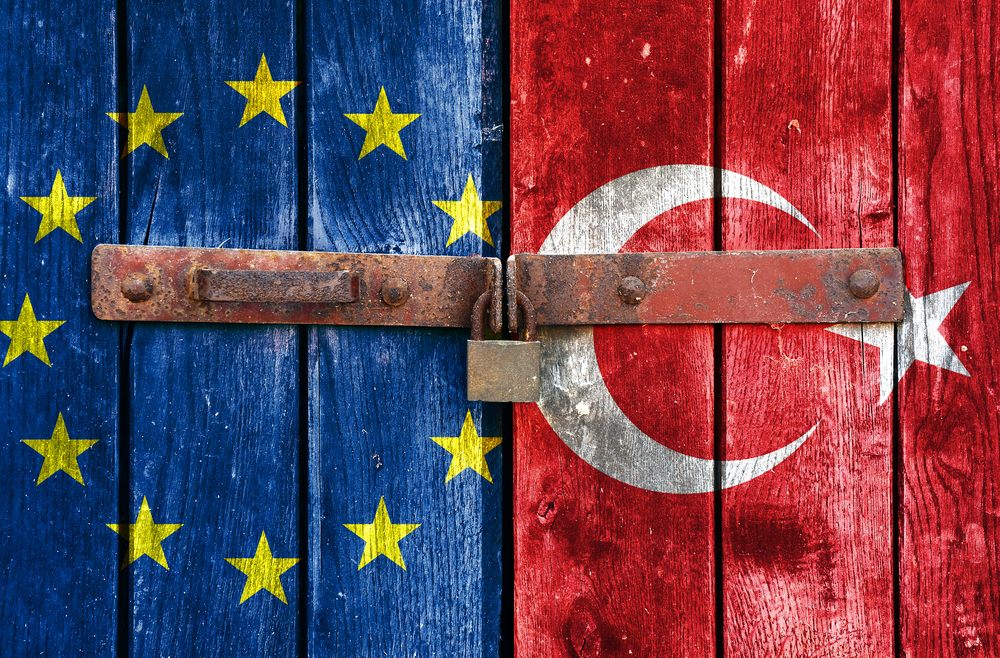 Is Turkey using the migration crisis as an opportunity to strengthen its EU bid?