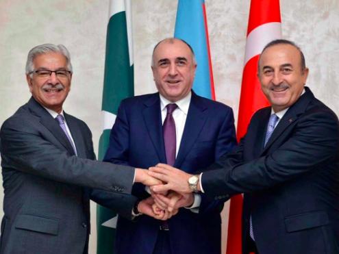 Why has Pakistan pledged to reconstruct Karabakh?